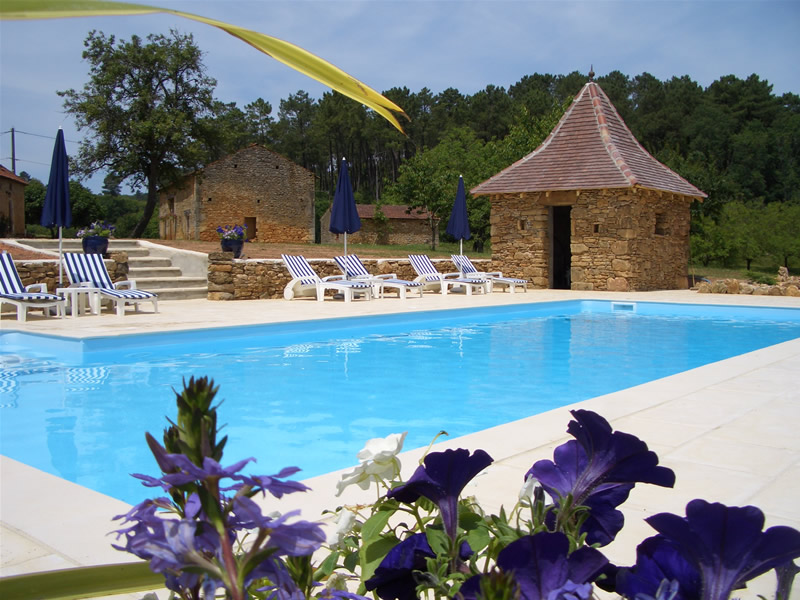 Dordogne Lot Self Catering Holiday Cottages Farmhouses Gites Accommodation Vacation Heated